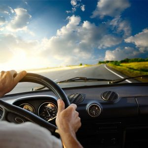lowres_drive_lead_direction_stearing_wheel_car_driving_shutterstock_90110512